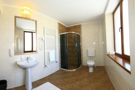 Cele 9 camere si apartamentul cu 2 dormitoare si salon for 22 changes salon